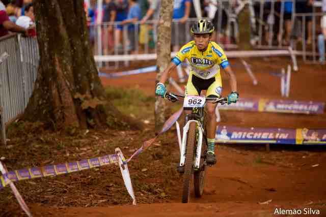 Da Mirim ao Over-65 largadas agitam último dia de CIMTB Michelin em Araxá - Foto Alemão Silva (5).jpg