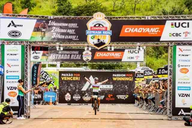Henrique Avancini e Letícia Cândido vence a 1ª etapa da Maratona Internacional Estrada Real 2019 (4)