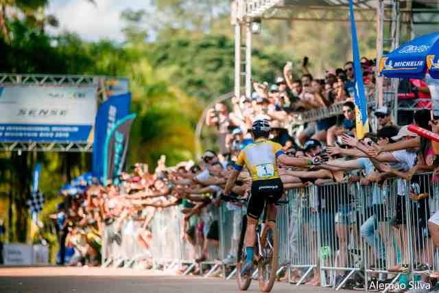 Quatro dias, quatro vitórias Avancini e Campuzano são os campeões em Araxá - Foto Alemão Silva