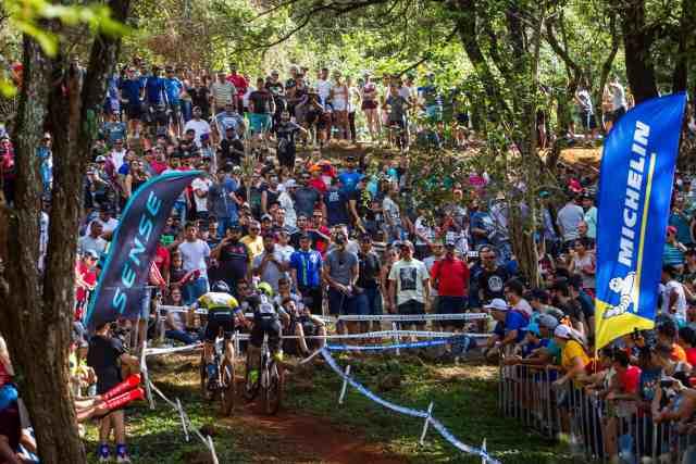 Quatro dias, quatro vitórias Avancini e Campuzano são os campeões em Araxá - Foto Fabio Piva 1