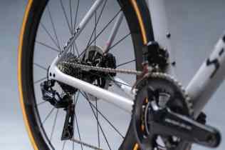 Specialized apresenta a nova Roubaix, a união do conforto e alta performance (2)