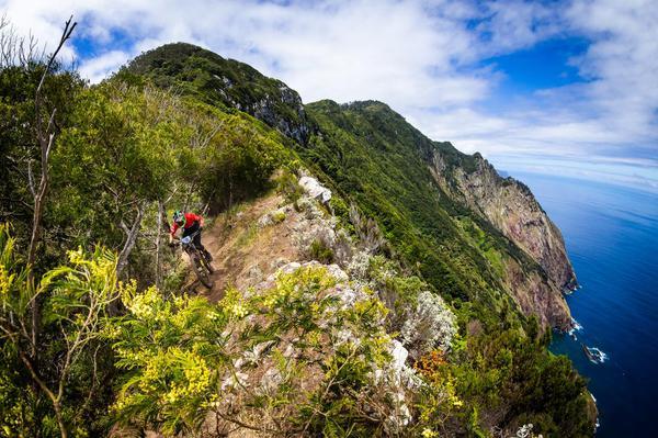 Andre Bretas em ação na Ilha de Madeira (Seb Schieck  Divulgação).jpeg