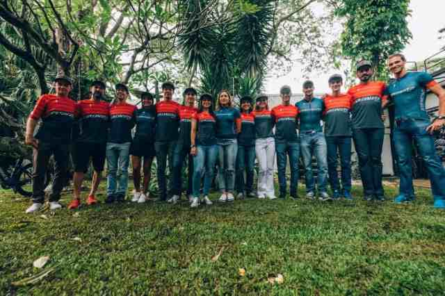 Equipe Specialized Racing BR.jpg