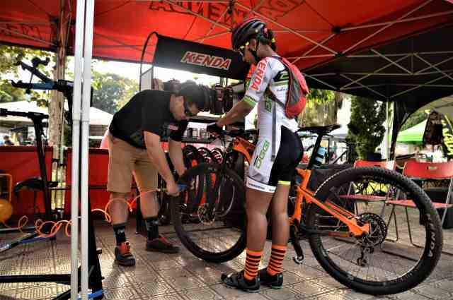 Oggi-Big-Biker-Cup-Itanhandu-Pit-Stop-Kenda-Largura-Máx-2400-Altura-Máx-1800