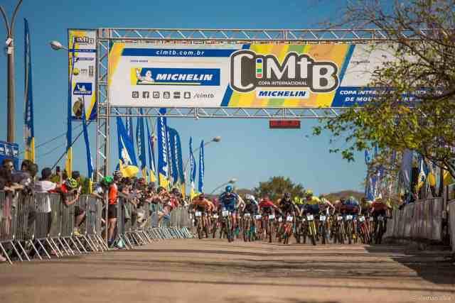 Rubinho Valeriano e Letícia Cândido abrem 3º etapa da CIMTB Michelin com vitória no XCC (6).jpg
