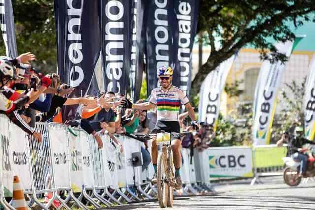 Henrique Avancini é campeão brasileiro de cross-country maratona 2019 (1).jpg