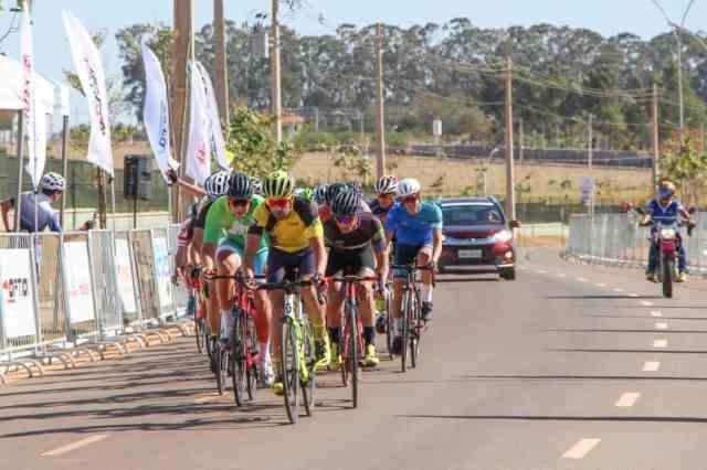 ciclistas-mostram-superacao-no-1º-dia-das-provas-de-resistência-do-brasileiro-master-2019 (2)