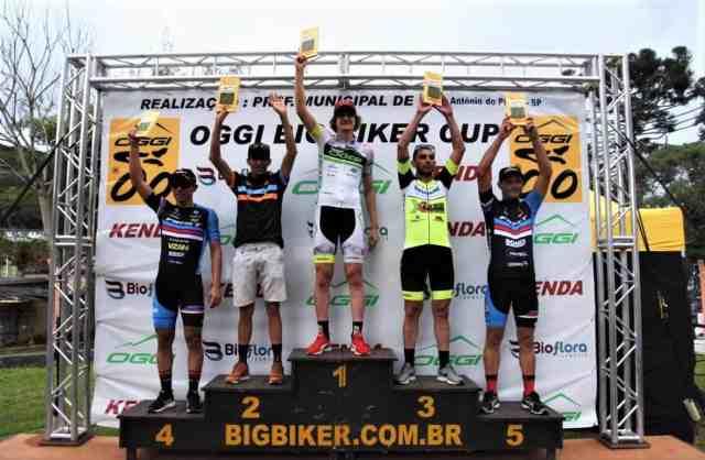 sob-muita-chuva-e-barro-oggi-big-biker-up-chega-ao-final-da-temporada-com-dois novos-campeoes (3)
