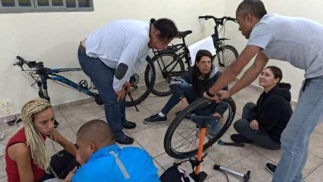 bike-arte-paga-r$1,5mil-para-producao-de-oficinas-de-arte-e-cicloativismo-na-zl (2)