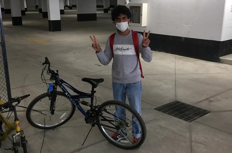 Pedalwise cyclist borrows bike