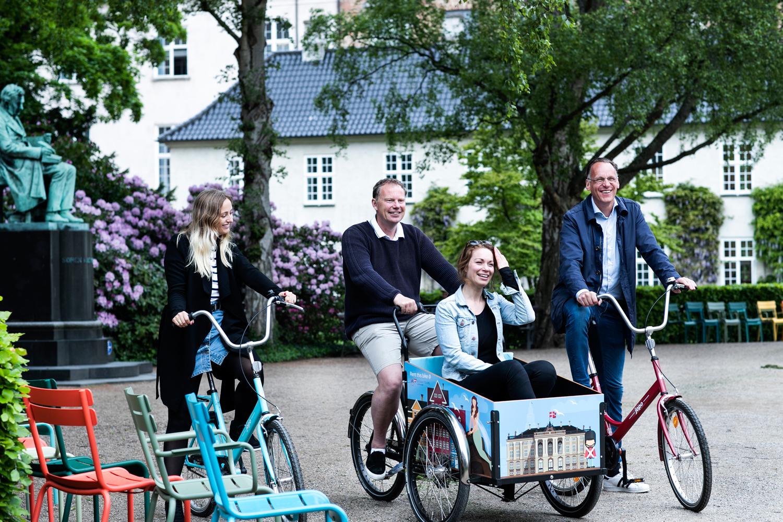 Stylish Bikes & Family/Christiania Bikes