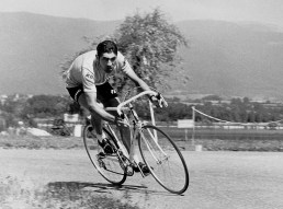 FRANCE: Picture taken during the 1970 Tour de France shows Belgian cyclist Eddy Merckx in action. (Photo credit should read AFP/AFP/Getty Images)