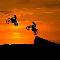 バイク保険の基礎用語 押出されたバイク