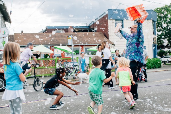Seattle Summer Bubbles Kids