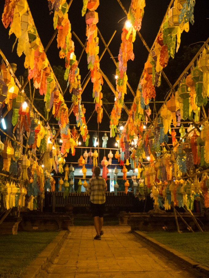 Night Visit of Wat Lok Moli 1