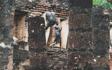 Wat Chang Lom, Starý Sukhotai