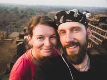 Společná fotka na vršku pyramidy Koh Ker