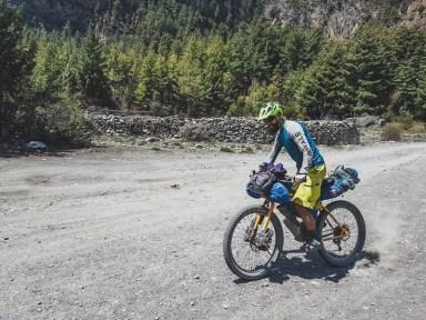 Radost z jízdy. Pisang Valley, Nepál