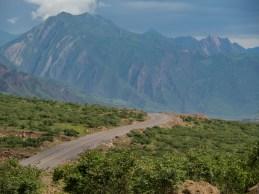 První kilometry podél řeky Panj. Pohraničí Tádžikistánu a Afgánistánu