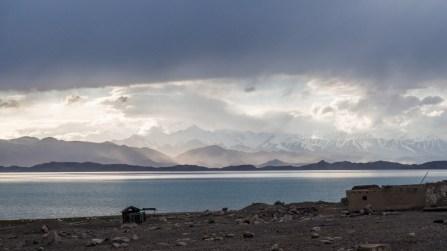 Jezero. Jezero Karakul, Tádžikistán