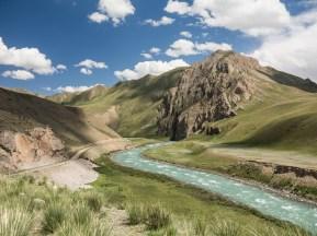 Hra světla. Oblast Ike-Narynu, Kyrgyzstán