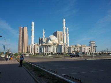 Mešita v ranním světle. Astana, Kazachstán