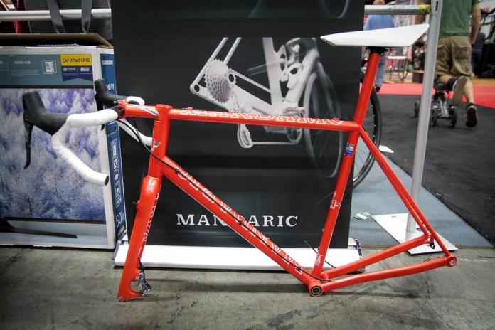 IB17: Wild Mandaric Standard 21.5 concept runs the cassette outside the frame