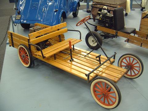 WWI-era Buckboard cyclecar.