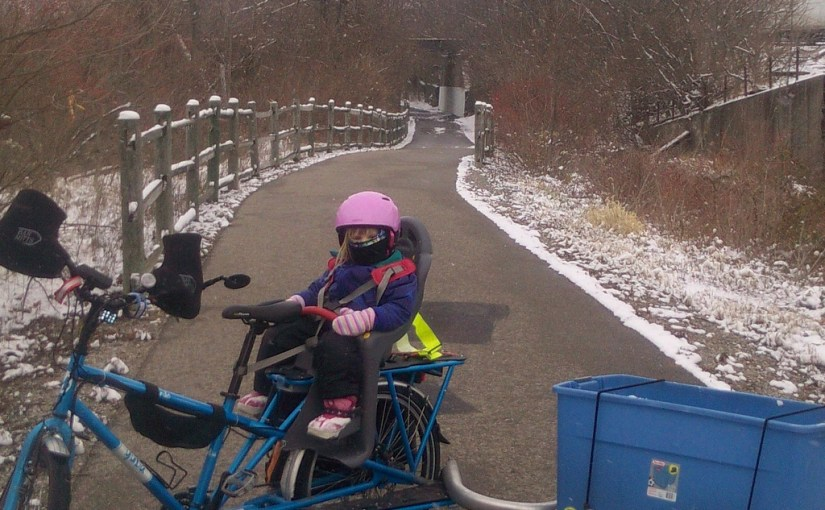 Emundo vs bakfiets for winter kid and cargo cycling