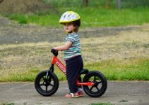 How to Teach your Toddler to Pedal a Bike
