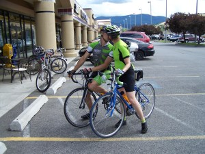 Barb-Eric_Liberty Lake_on ride to CDA 8-8-10_Kissing