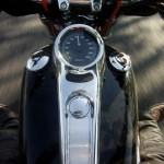 バイクの燃費、車種、排気量別に比較