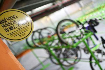 Cicloparqueadero en Bogotá - Foto: Secretaría Distrital de Movilidad