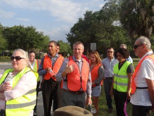 """Denning Drive 'right-sizing"""" workshop takes to the streets to make case for change"""
