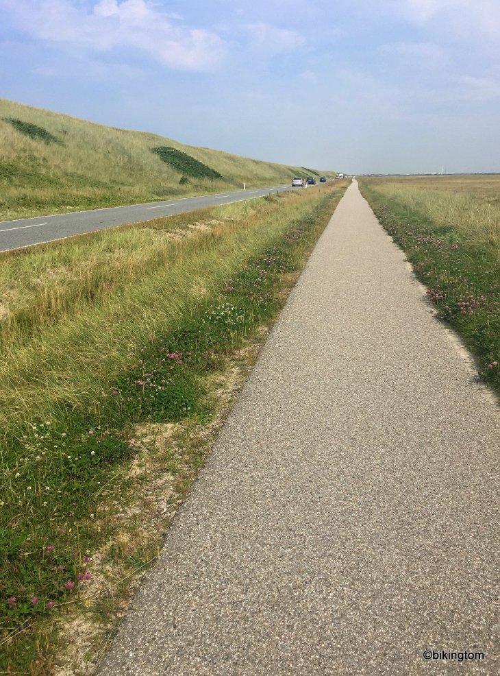 bikingtom auf dem Nordseeküstenradweg bei Thorsminde in Dänemark