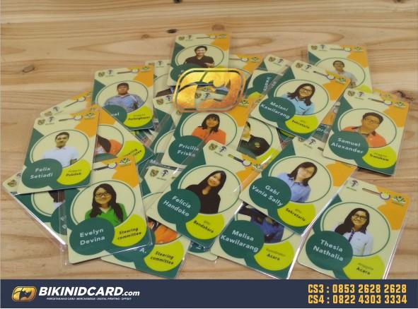 contoh desain id card panitia