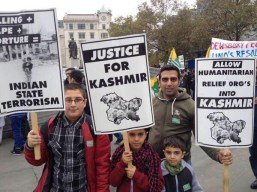 @murtazageonews People came from across the UK came to support #KashmirMillionMarch #Kashmiris but hooligans pleased India. Shame