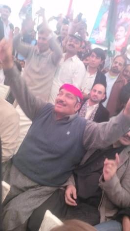 @jahanarawattoo Whoever knows PPP they know #Mani it's my fav pic for all jiyalas #PPPFoundationDay