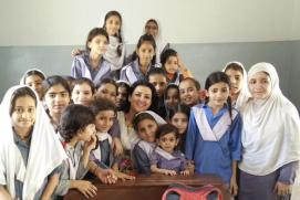 @sanakazmi Great fun storytelling with @AlizehIHaider at a govt school in Hijrat Colony #LeadingThroughTeaching 3