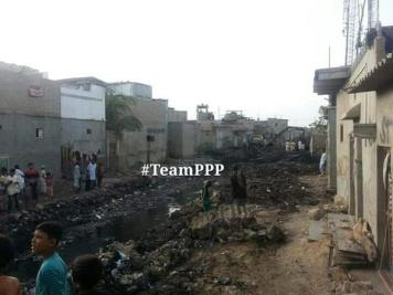 @ibrohi31 Cleaning of Lyari Nullah Machar Colony Nullah & other drains Akhtar Jadoon instructed to speed up the work 2