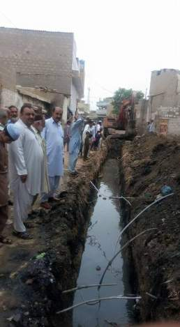 @ibrohi31 PS128 #PPP Govt bodies were alert and have been mobilised to prevent inconvenience during the rainy season #Karachi 4