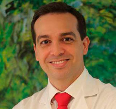 El neurólogo Mario Riverol ha impartido una conferencia en Bilbao. FOTO: Archivo