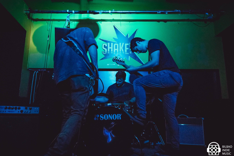dekot_31052018_shake_3
