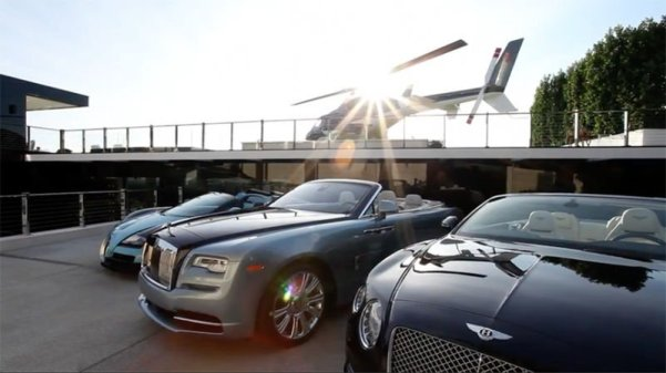 Bentley, Rolls Royce & Bugatti Veyron. Youtube Screenshot