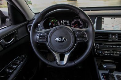 KIA_Optima_PHEV (15)