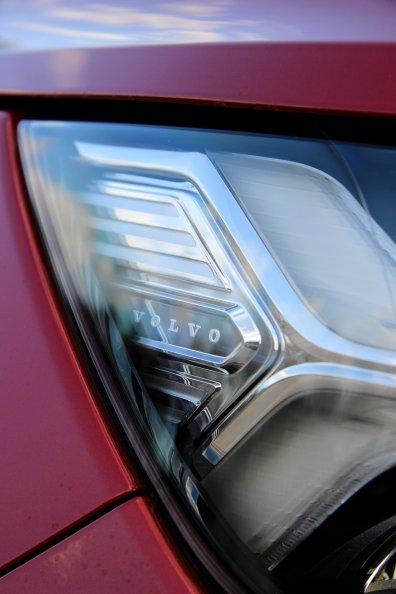 Volvo_XC40_31