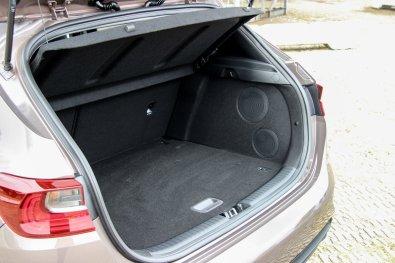 Ny_KIA_Ceed_Hatchback19