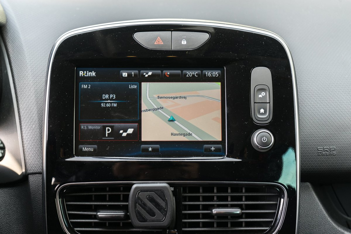 Renault Clio RS infotainment