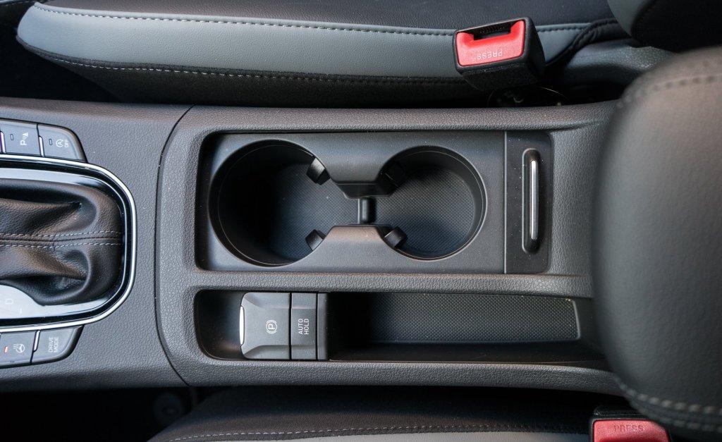 Hyundai i30 N-Line kopholdere