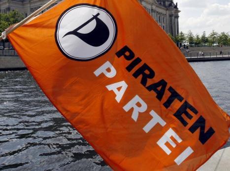 Eine Fahne der Piratenpartei